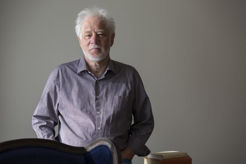 a literary analysis of the novel by michael ondaatje Dresses issues of identity raised in the narrative of michael ondaatje's novel anil's ghost cook's paper is a close analysis of ondaatje's novel exploring transnational identities in ondaatje's anil's ghost.